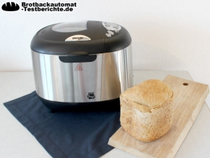 Unold 8695 Onyx mit gebackenem Brot